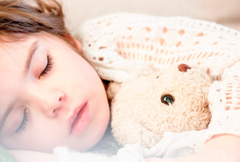 Importancia del sueño infantil - dormitienda