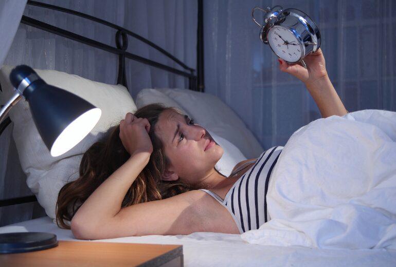 ¿Cómo combatir el insomnio después de las vacaciones? - dormitienda